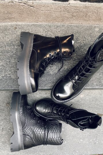 Pavement - Aveline Leather Boots