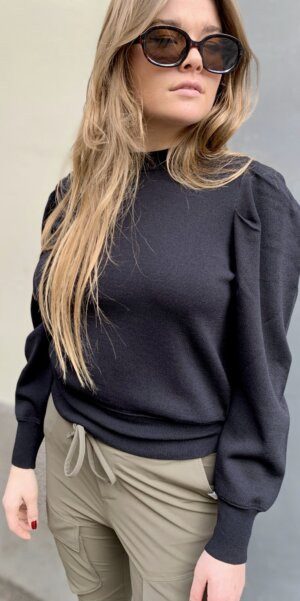 JUST Female - Amber Knit