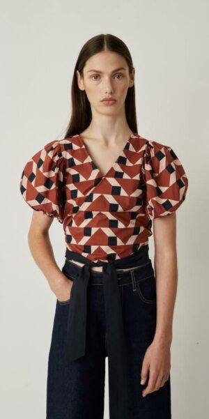 Just Female - Meghan Wrap Blouse / Trapez Aop